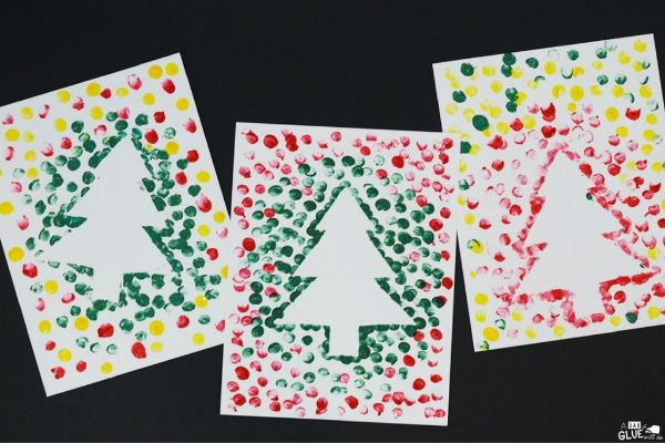 DIY Christmas Crafts for Kids Christmas tree watercolour prints