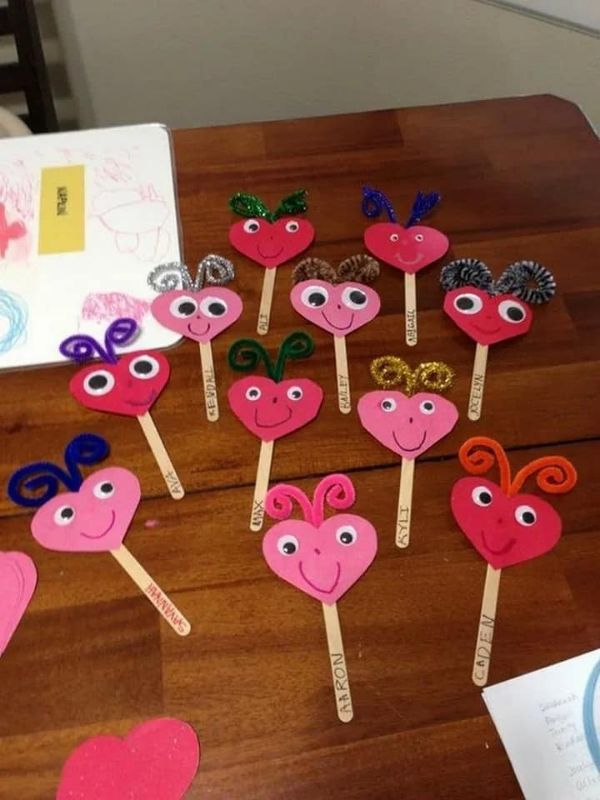 Valentine's day Craft Ideas Valentine Sticks