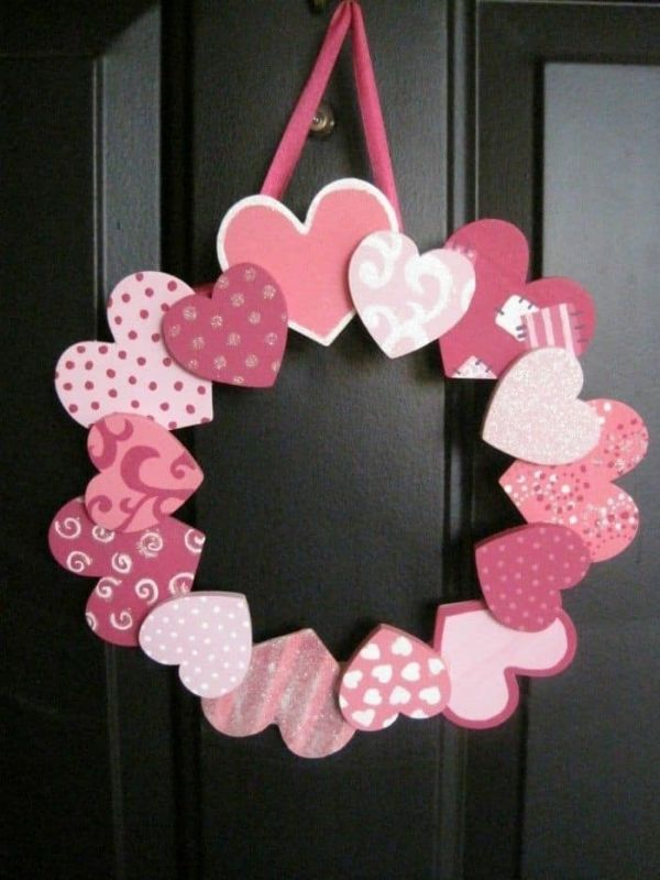 Valentine's day Craft Ideas Heart Wreath