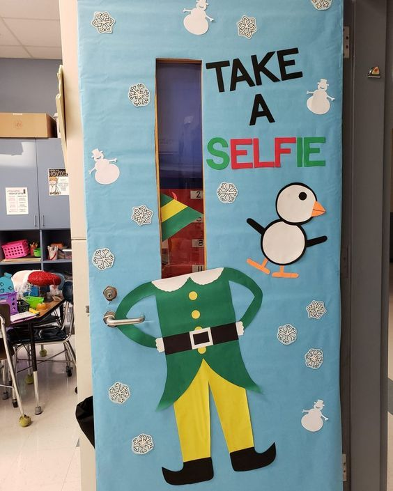 Christmas Classroom Door Decoration Ideas A Fun Selfie Booth For Christmas