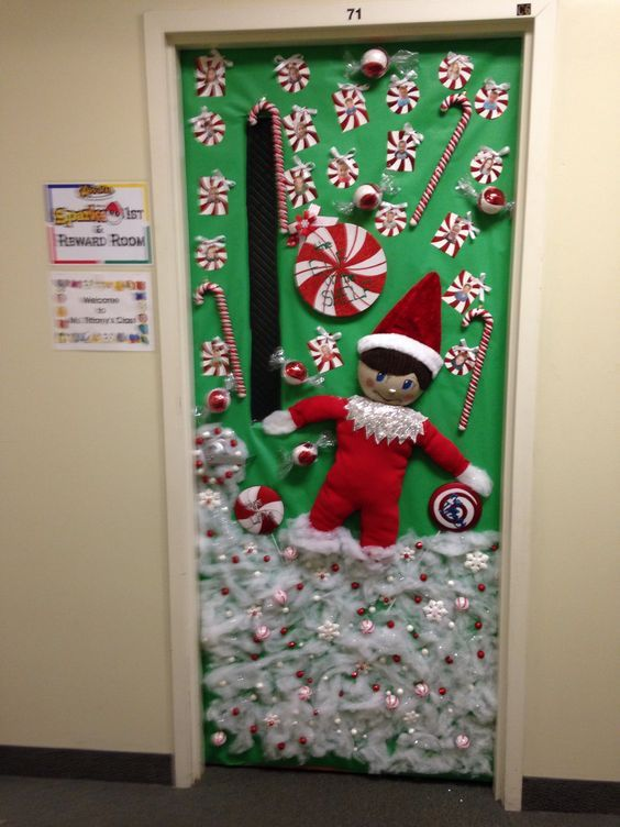 Christmas Classroom Door Decoration Ideas Attaching Christmasy Crafts To The Door