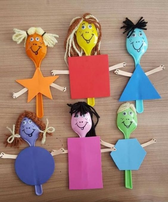 Creative and Amazing Plastic Spoon Craft Ideas Making Shapes On Plastic Spoons