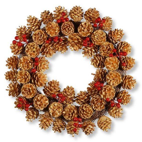 Welcome The Yuletide Spirit- DIY Christmas Wreath Ideas Acorn Wreath