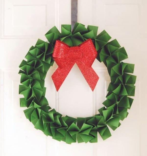 DIY Christmas Wreath Ideas for Kids The Leafy Wreath