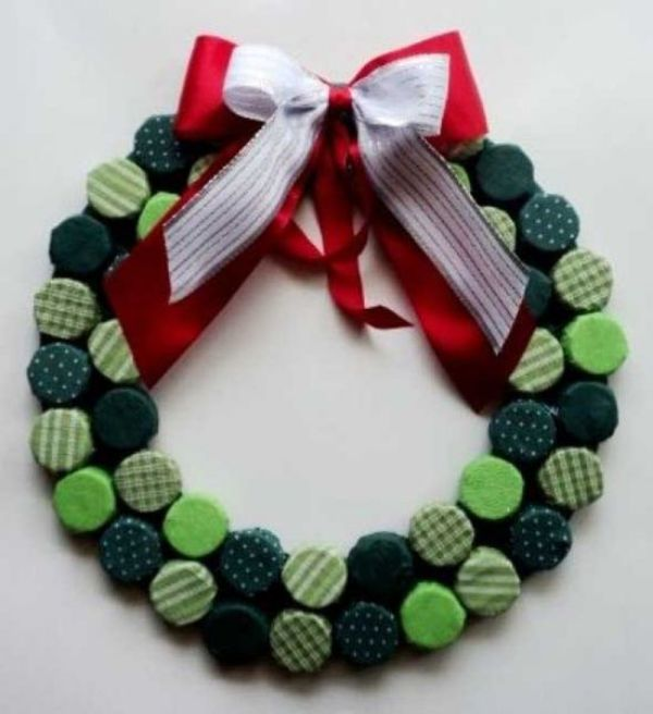 DIY Christmas Wreath Ideas for Kids Button Up