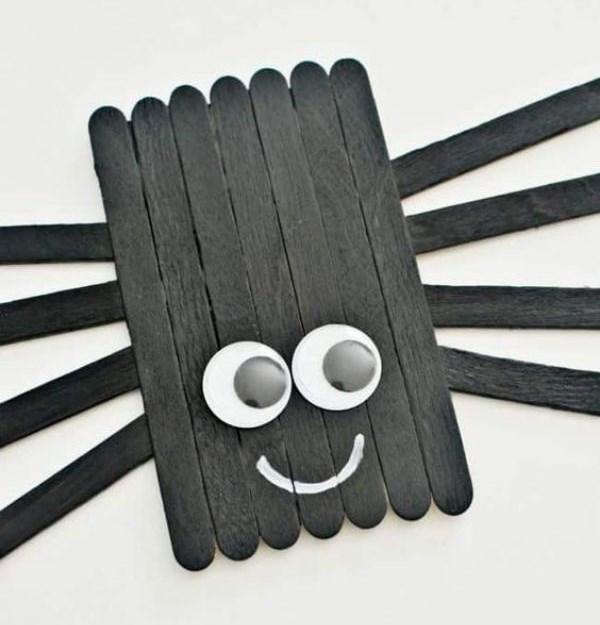 DIY SPIDER CRAFT Stick Spider