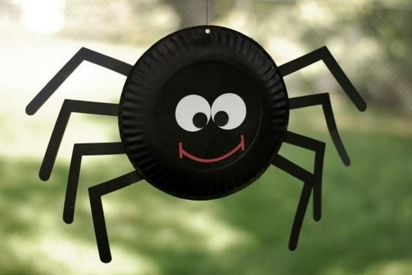 DIY SPIDER CRAFT Paperplate Spider
