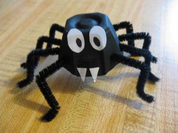 DIY SPIDER CRAFT Paper Spider