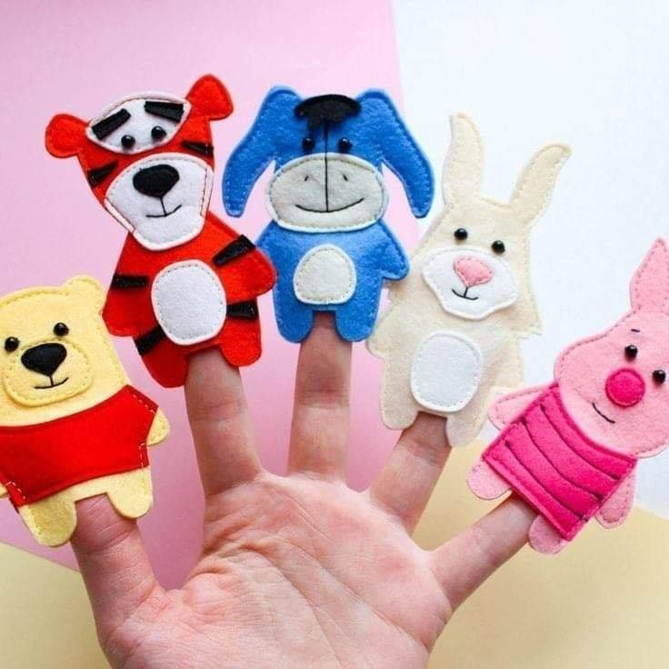 Finger Puppet Crafts with Felt FIVE FINGERS OF ANIMALIA