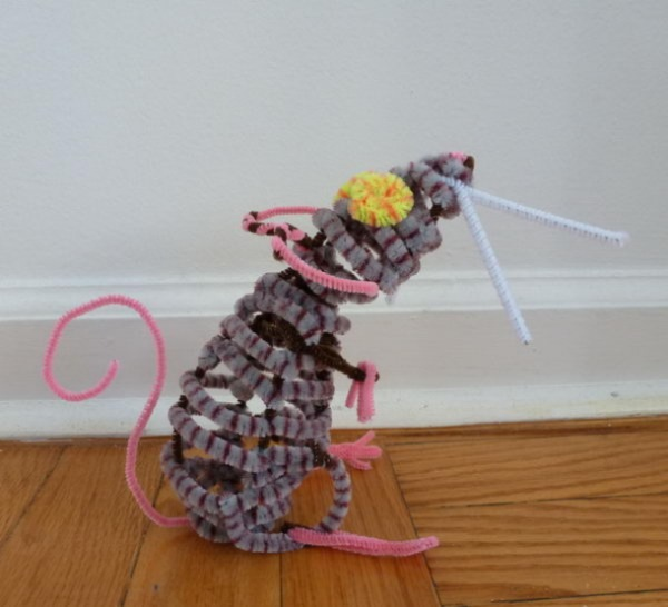 A Pip Cleaner Mouse Adorable Craft