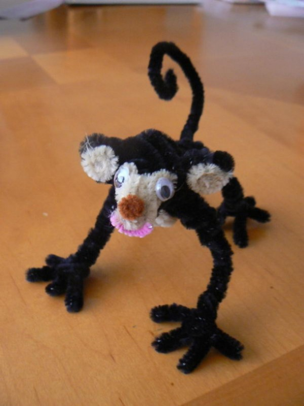 Monkey of Pipe Cleaner Craft