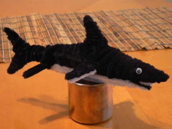 Shark It Doo Doo With Some Pipe Cleaner