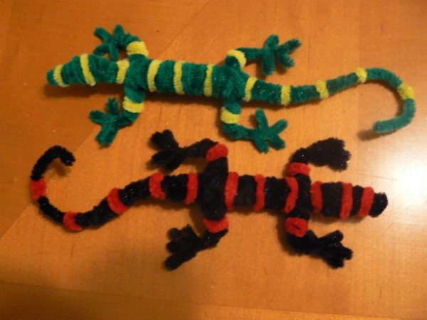 Pipe Cleaner lizard Craft